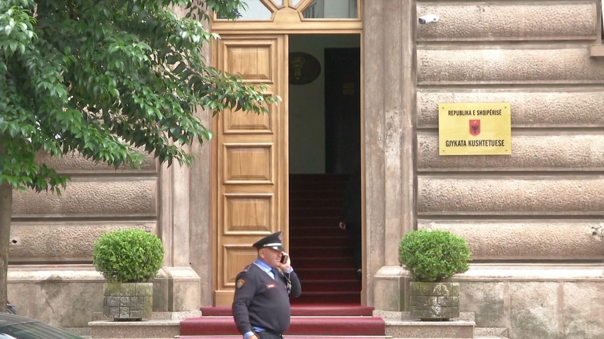 Zbardhet data, Kuvendi voton gjyqtarët kushtetues në 14 nëntor