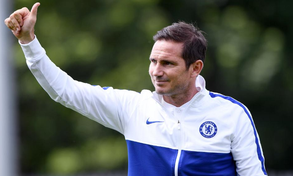 """Një """"çekiç"""" për repartin e mbrojtjes, ofertë zyrtare e Chelsea"""