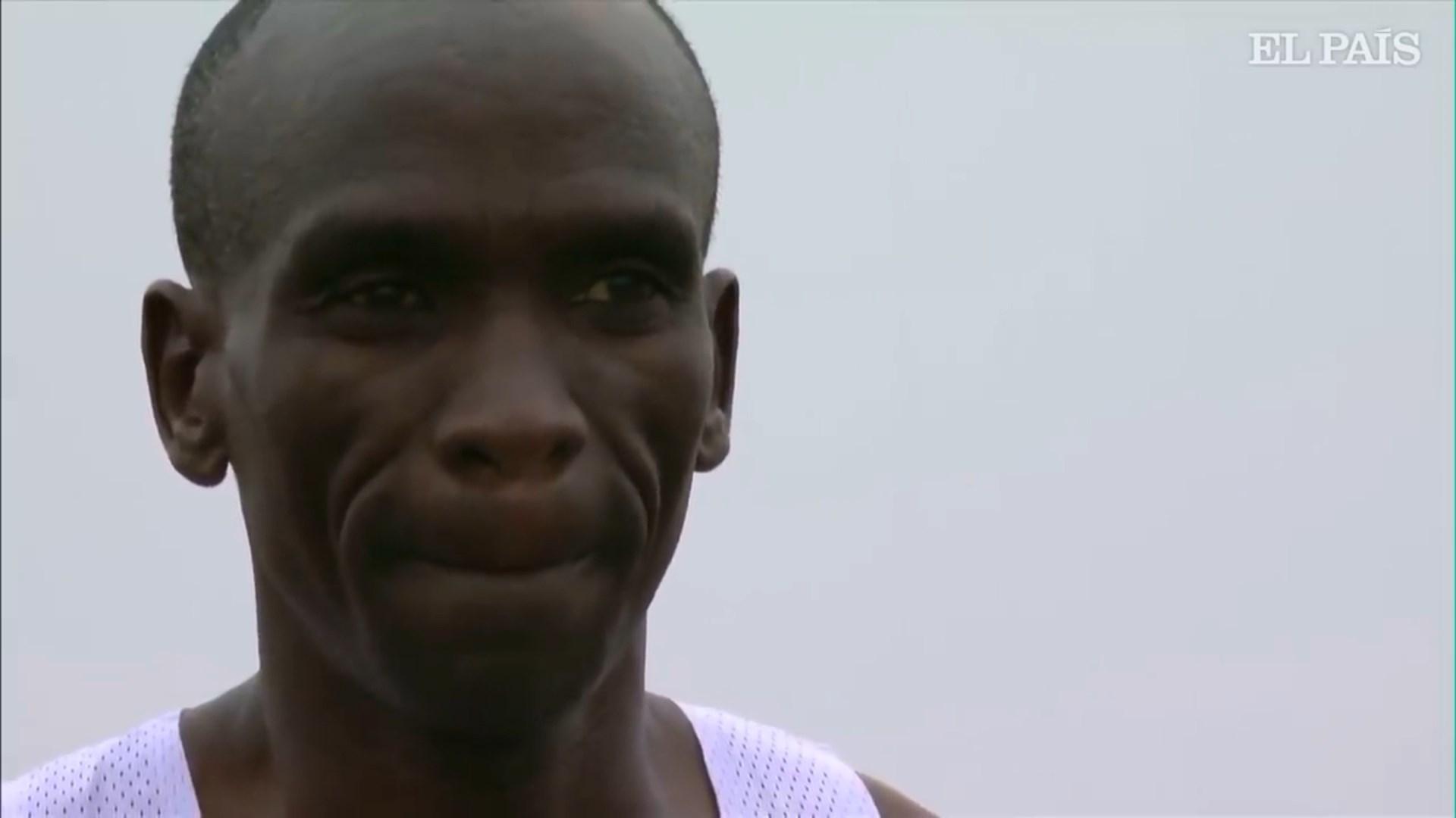 Keniani Kipçoge vrapon maratonën nën 2 orë, në një rekord vendosur në Vjenë