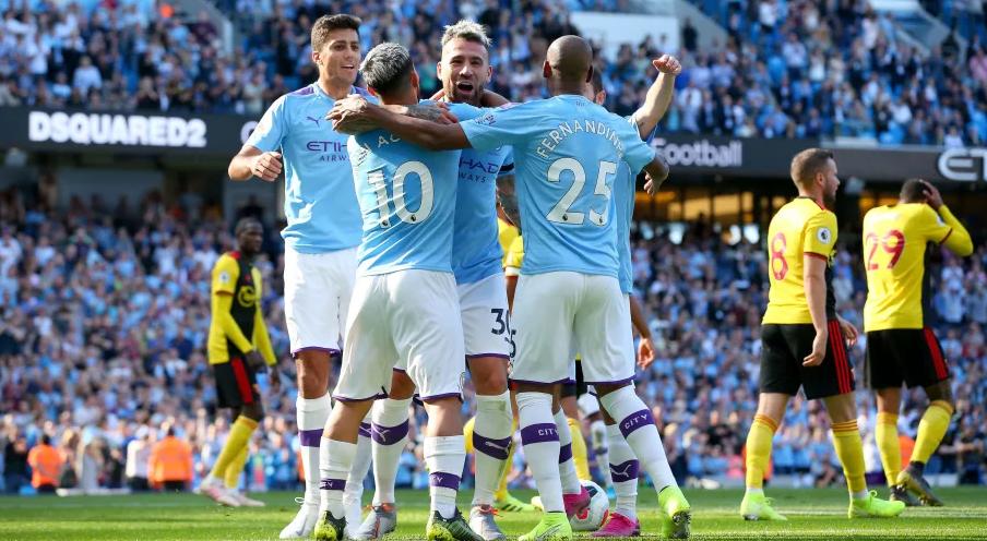 Gati për ciklin e ri, Manchester City e nis revolucionin nga sulmi