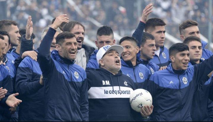 Maradona-Gimnasia.jpg