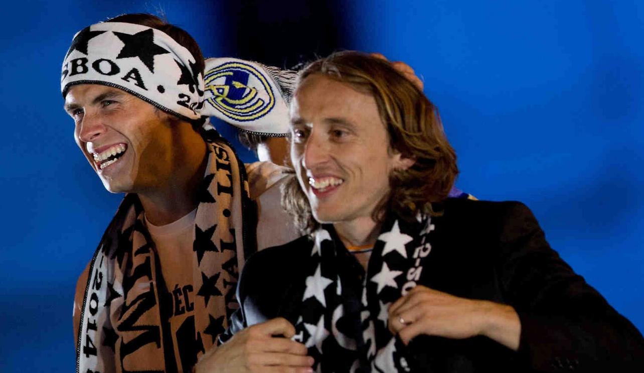 Dorëzohet Florentino Perez, Modric ëndërron ngjyrat kuqezi