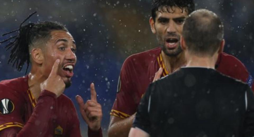Smalling jashtë planeve të Mourinho, tentohet mbrojtësi i Juventusit