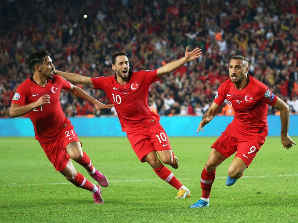 """Lotë, ushtarë dhe """"gafa"""": Turqi-Shqipëri në tjetër kënd"""