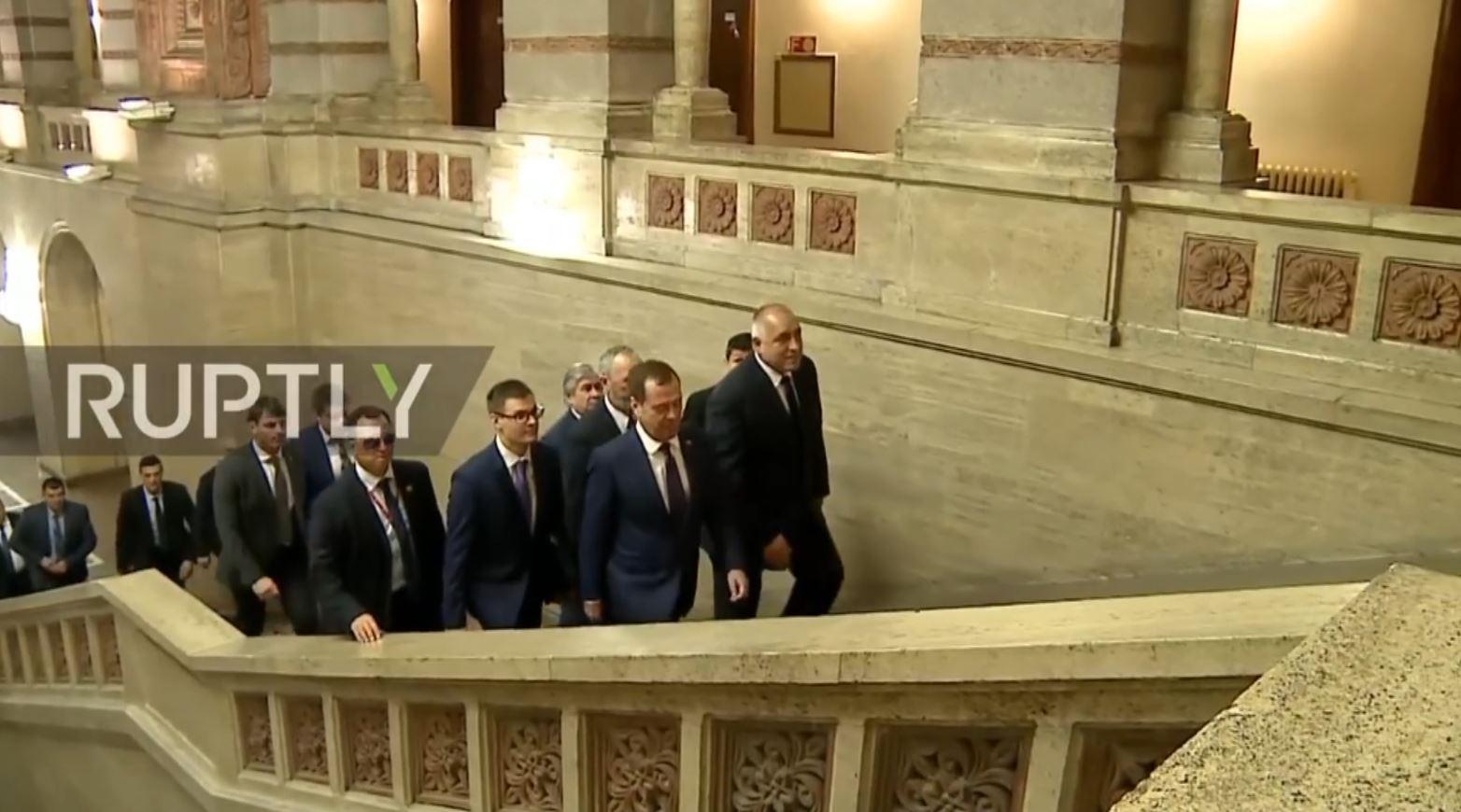 Akuza për spiunim, largohet diplomati rus