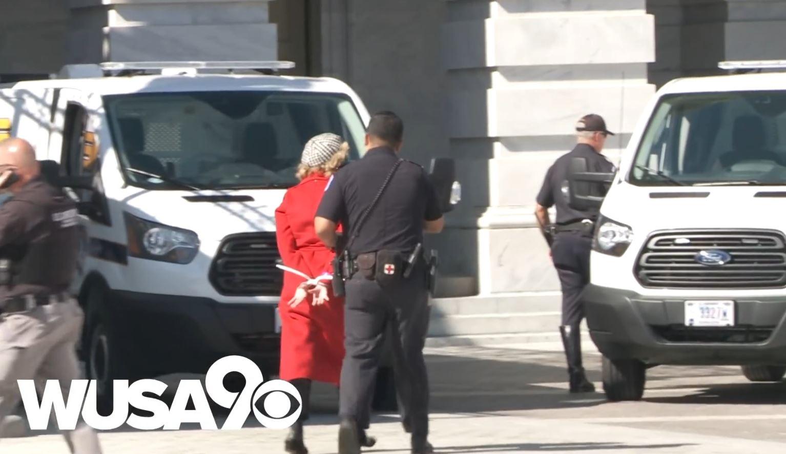 Arrestohet në Washington aktorja Jane Fonda