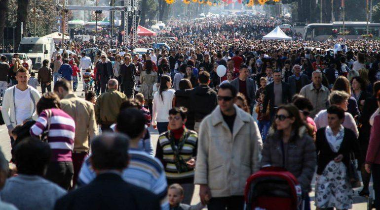 Evropa Juglindore përballet me rënie dramatike të popullsisë