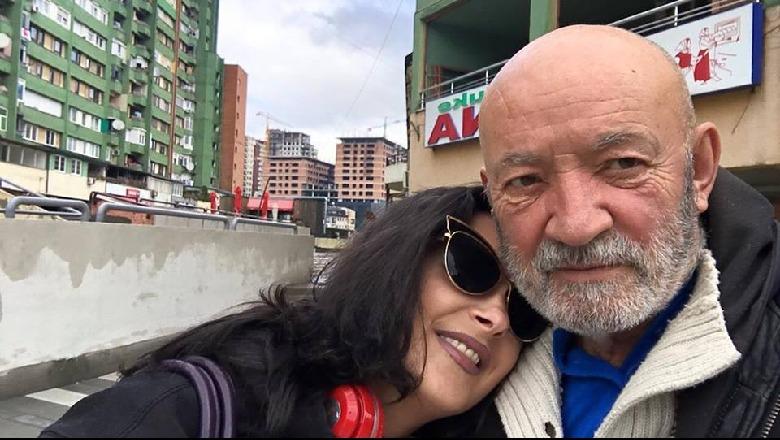 Aktori shqiptar prek zemrat me mesazhin e ndjerë për vajzën që i ndërroi jetë