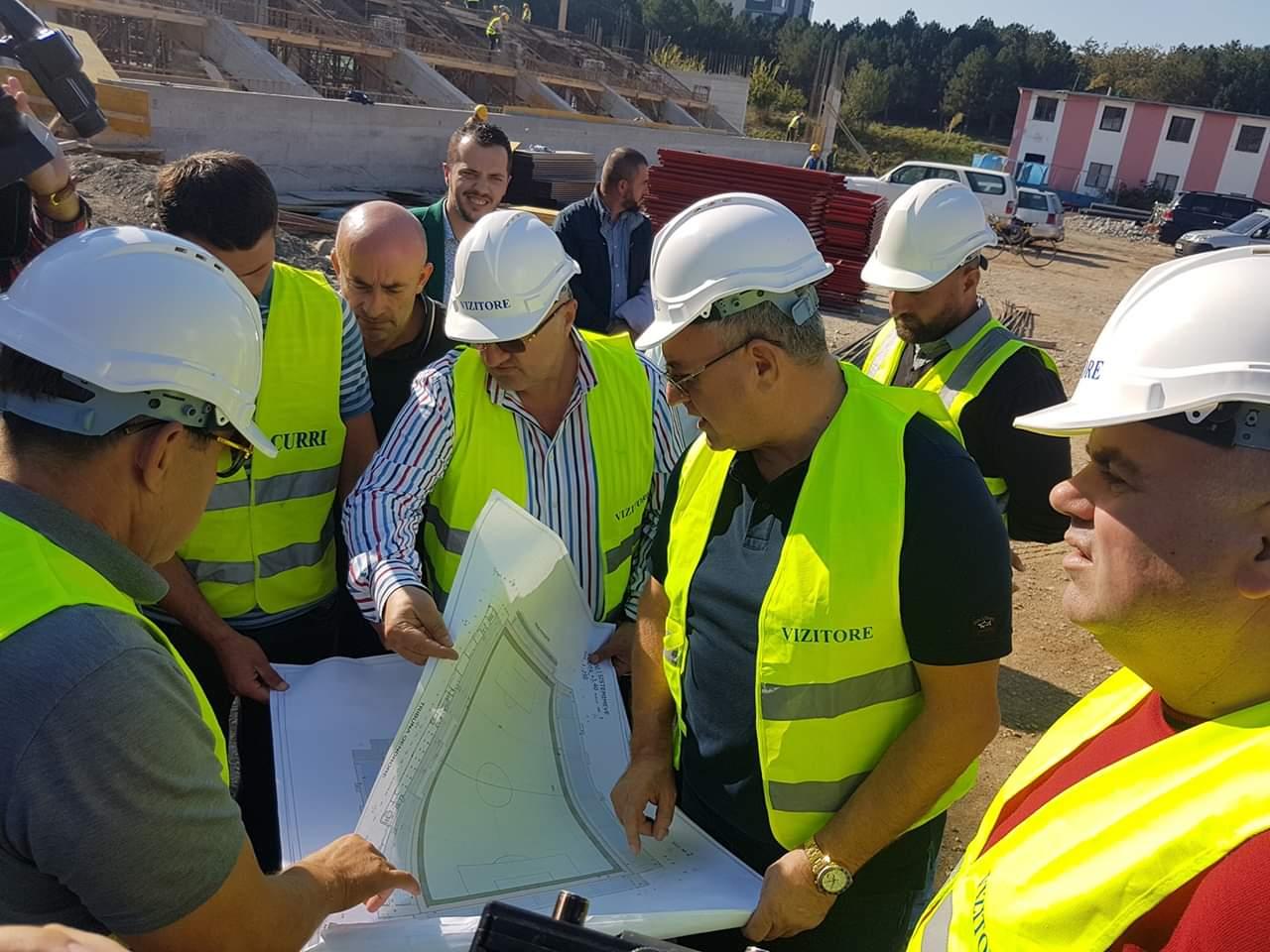 """Projekti """"100 Fushat"""" dhe stadiumi i Kukësit, flet Armando Duka"""