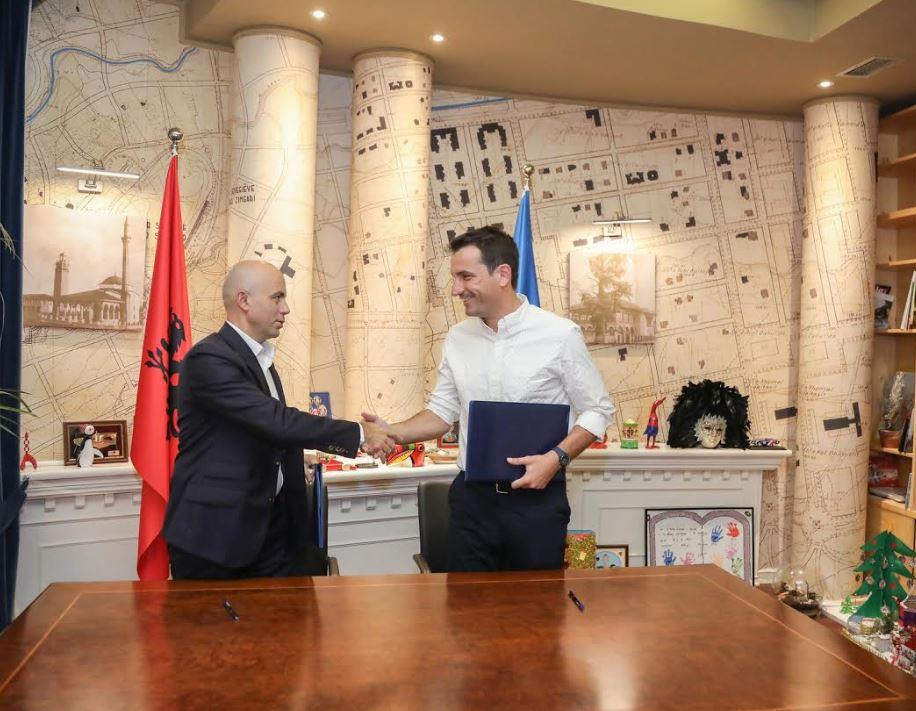 Bashkia e Tiranës marrëveshje me Spitalin Amerikan: Karta e Studentit, më shumë shërbime falas ose me çmime të ulëta