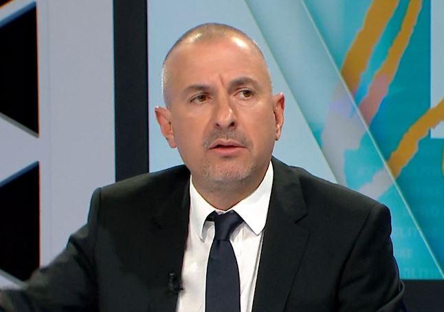 Nuk mori mandatin më 25 Prill, Ervin Bushati: Shkarkimi i presidentit çështje jetike