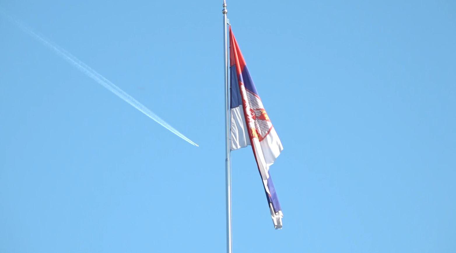 Beogradi thirrje serbëve të Kosovës: Dilni në zgjedhje, votoni listën serbe
