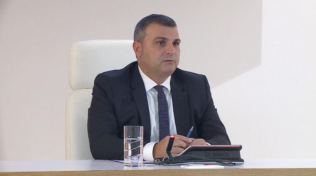 Guvernatori i BSH i përgjigjet Bashës për financimin e PPP-ve: Nuk përbejnë asnjë rrezik