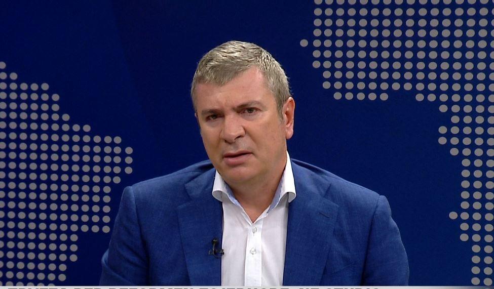 """""""Do largohesha për hir të vendit"""", Gjiknuri për komisionin: Jam sulmuar për shkak të rolit tim politik"""
