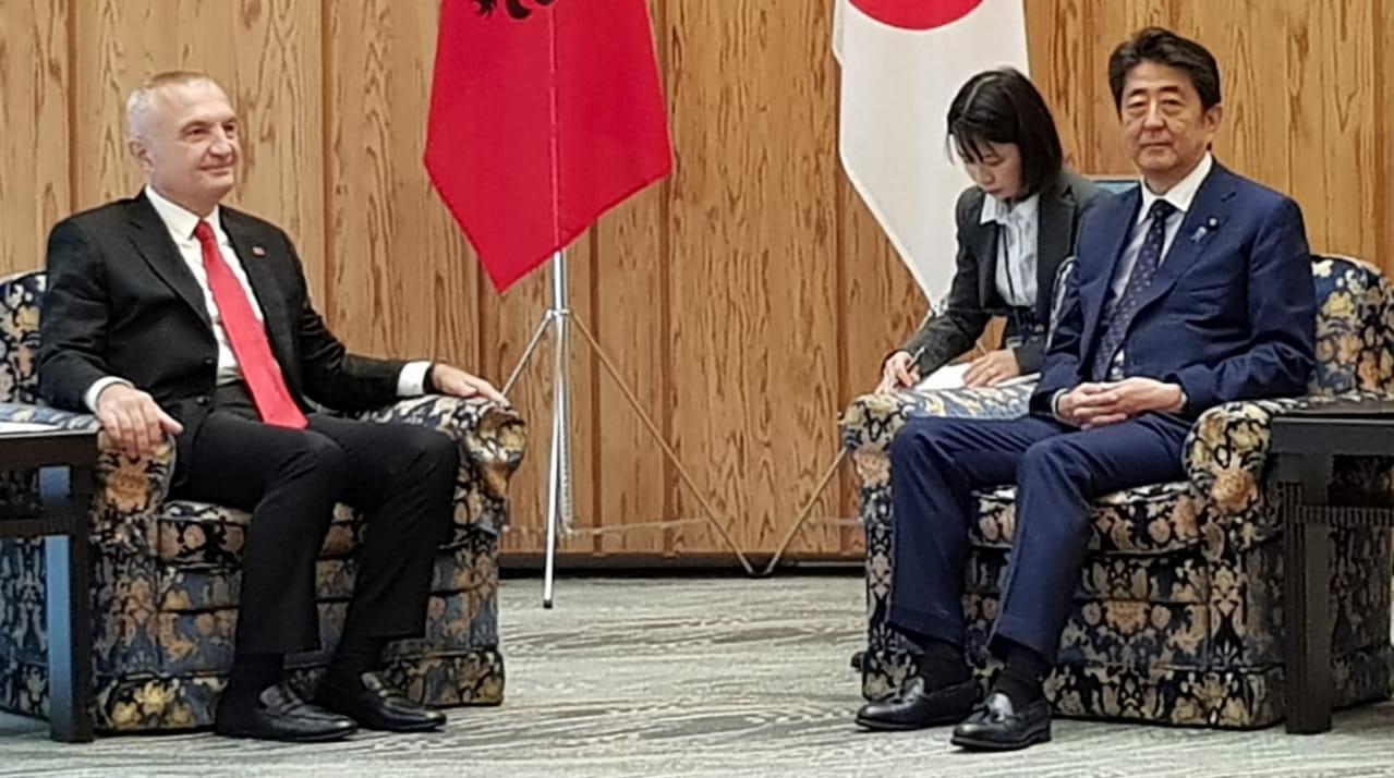 Meta kërkon heqjen e vizave me Japoninë