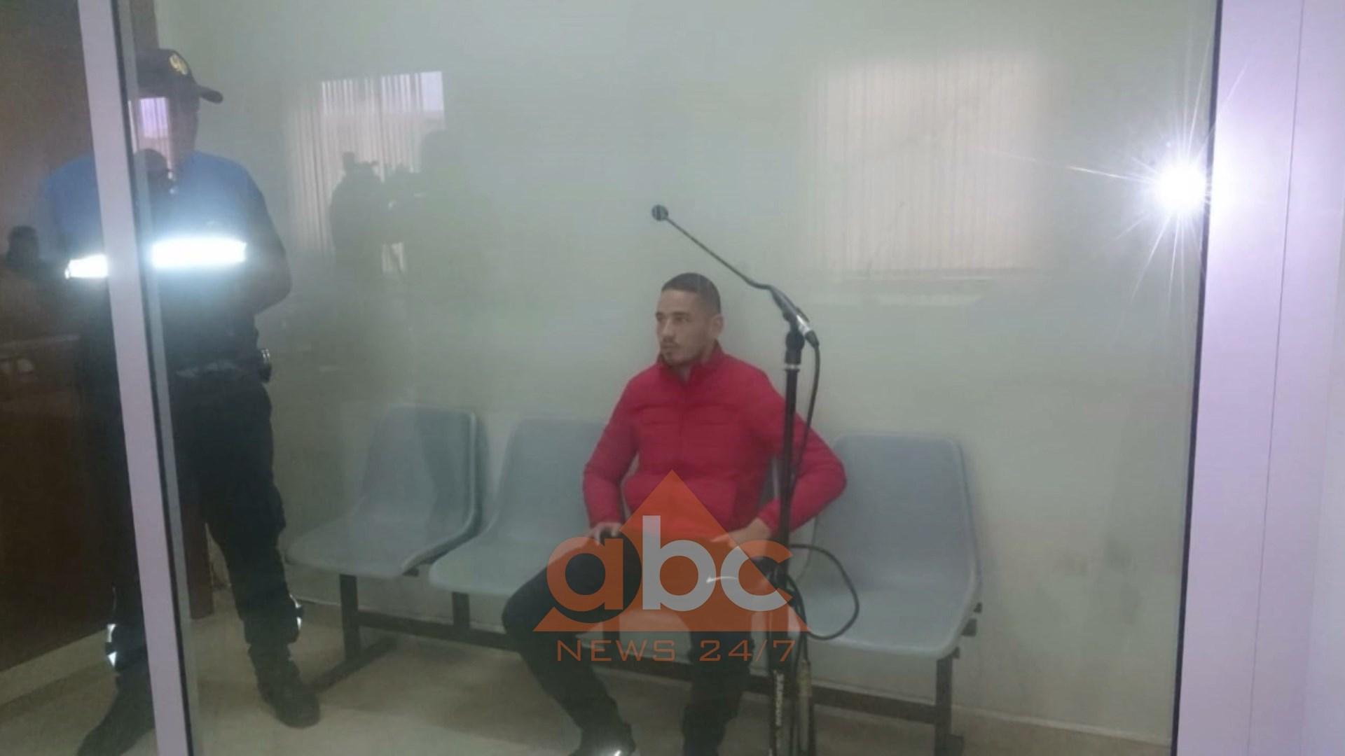 Masakra në Kavajë, burg për vëllain e policit, iu gjet drogë në shtëpi