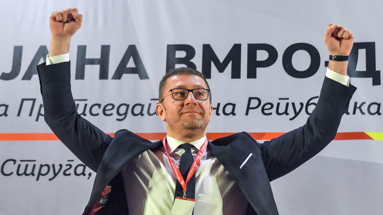 Lideri i opozitës në Maqedoni ndryshon mendje: Nuk paragjykoj një shqiptar në krye të Kuvendit