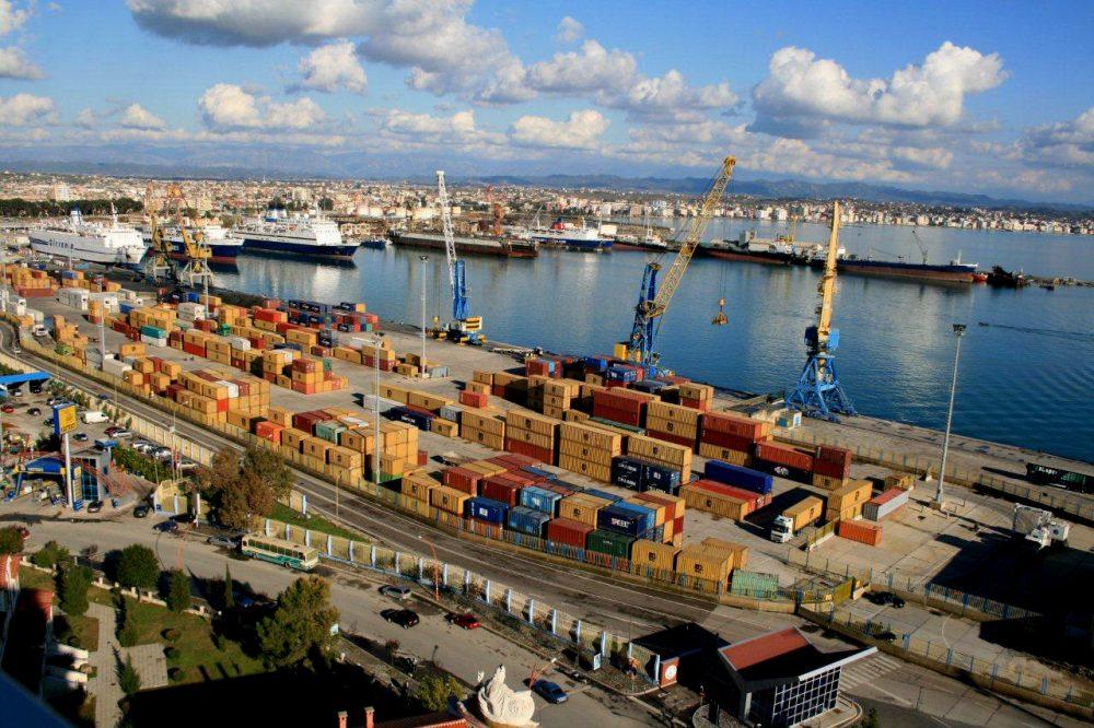 """""""Dërgesat"""" nga Amerika Latine, polici aksion """"blic"""" në portin e Durrësit"""