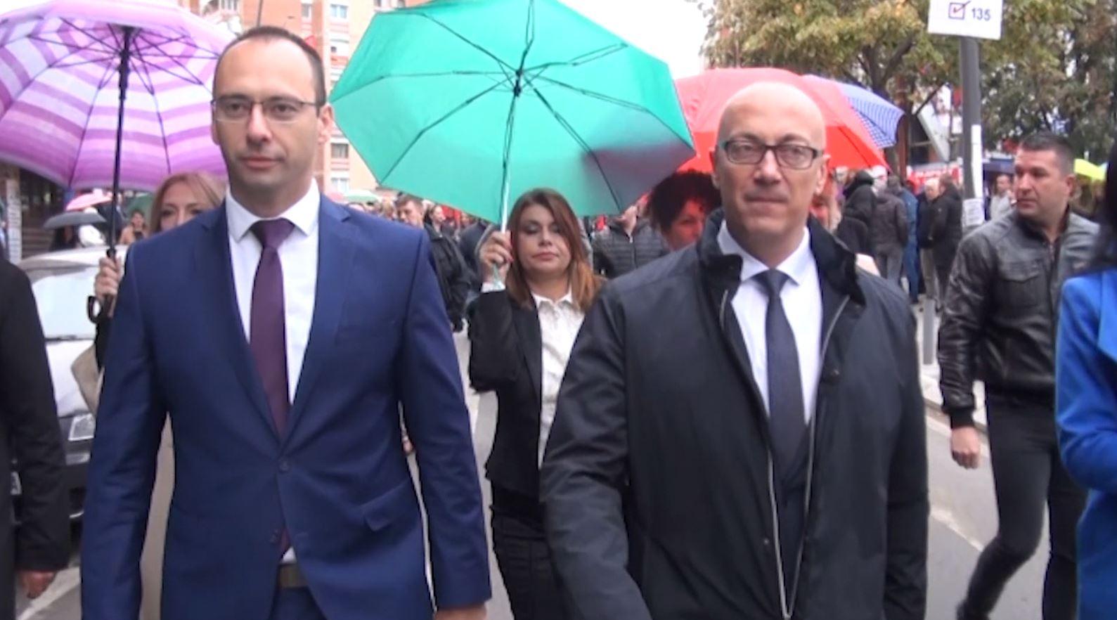 Beogradi zyrtar apel serbëve të Kosovës