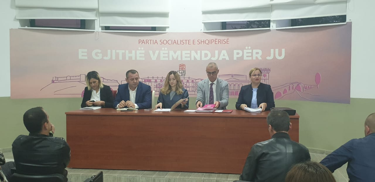 """VIDEO/ """"Ti s'ke marrë vota, nuk përfaqëson askënd"""", Abc News zbardh debatin e fortë në PS e Shkodrës"""