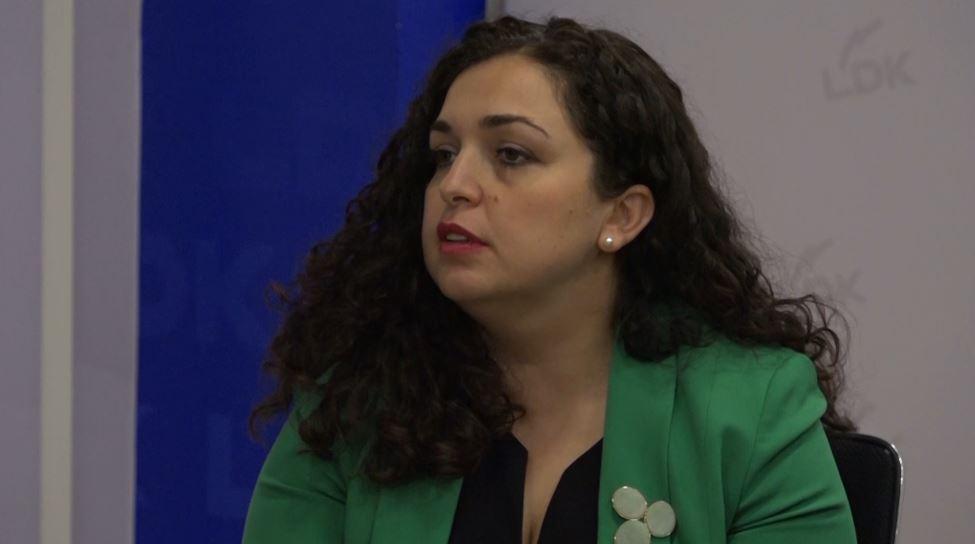 """""""Gjashtë të vdekur në 24 orë"""", Vjosa Osmani: Ditë e rëndë për Kosovën, të ndërhyhet urgjentisht"""