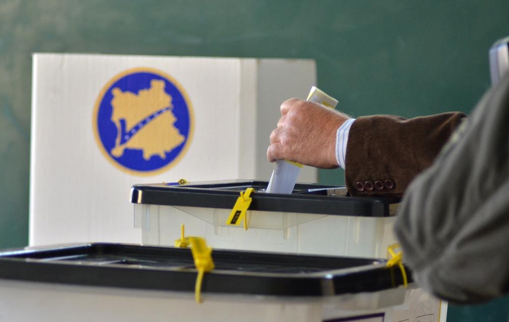 Mbeten edhe tre kuti në Prishtinë: Sa vota ka secila parti