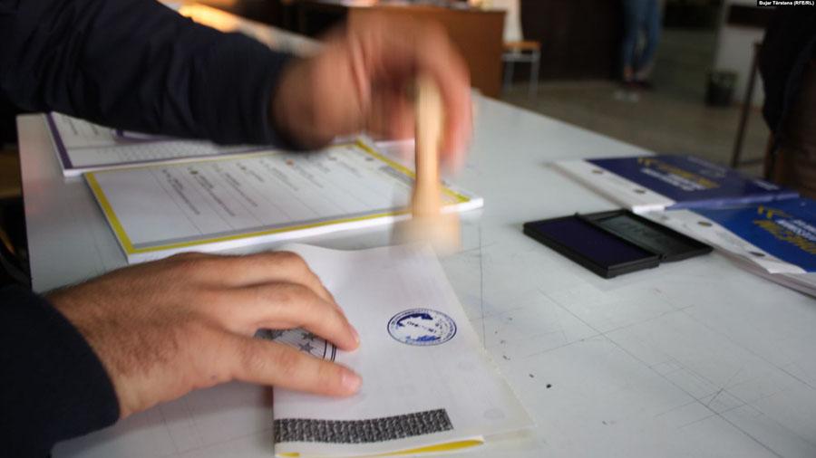 KQZ po pasqyron të dhënat e fundit: Sa vota ka marrë secila parti në Kosovë