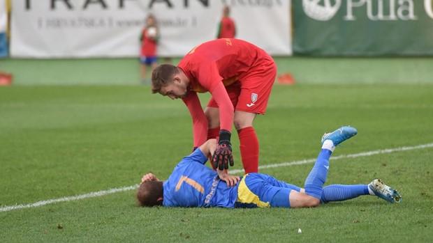 VIDEO   Ndodh në Kroaci, portieri bën edhe goleadorin!