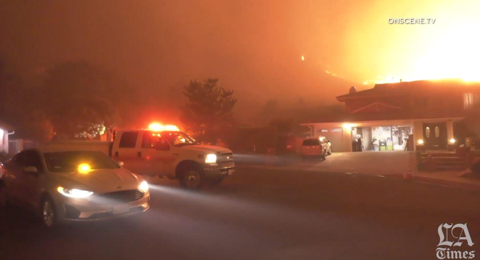 Zjarr i madh në Los Angeles, 100 mijë banorë të evakuuar
