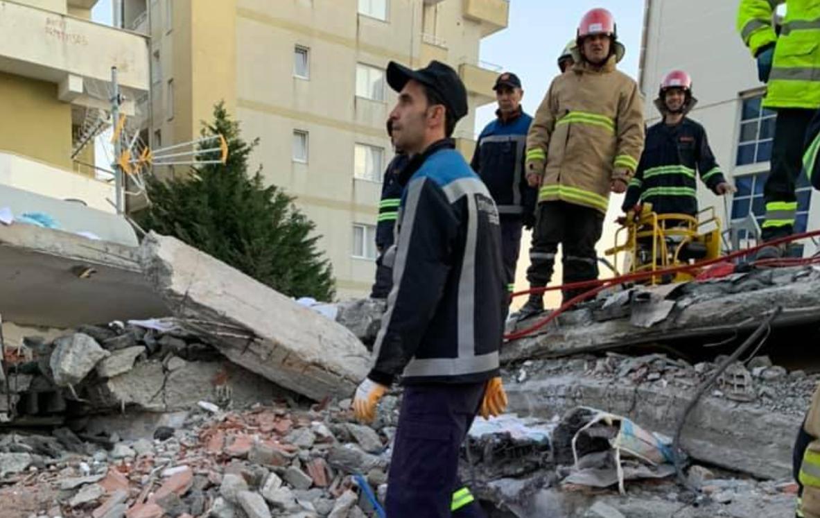Laver Alla, arbitri hero që ndihmoi në shpëtimin e të prekurve nga tërmeti