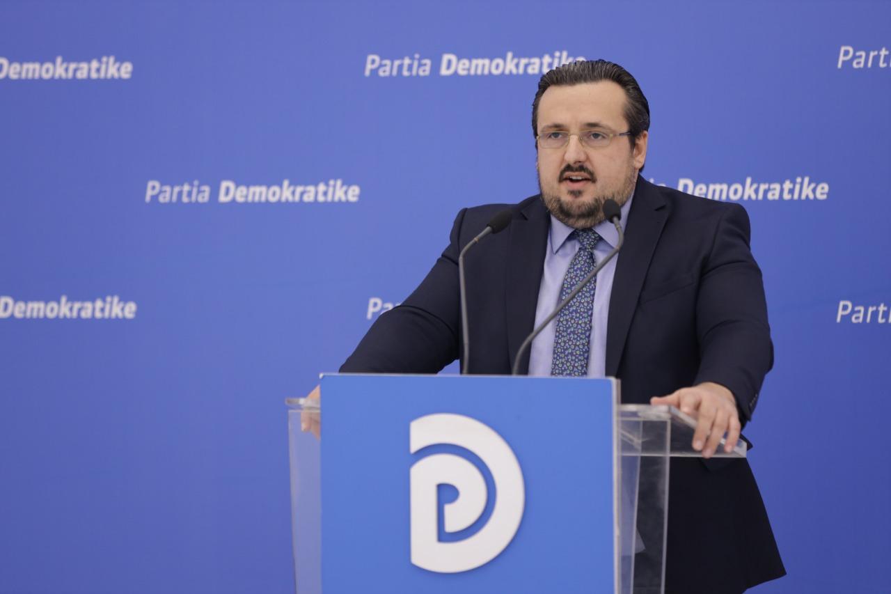 PD: Qeveria jep 120 milionë euro për 13 koncesione, nuk ka para për rritjen e pagave