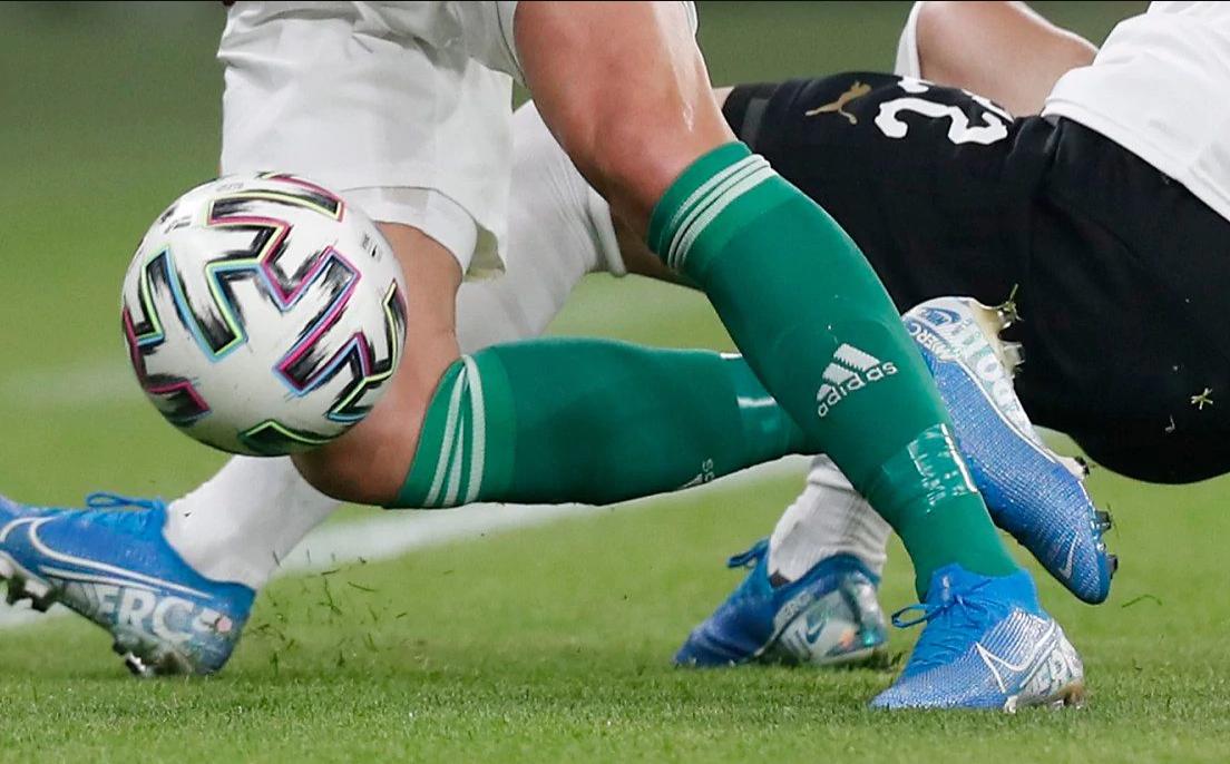 Dëmtuan rëndë lojtarin rival, klubi anglez humb gjyqin dhe shet stadiumin