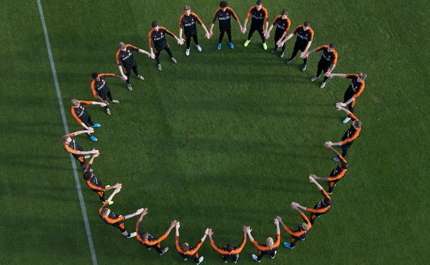 Holanda kundër racizmit, klubet marrin vendimin drastik