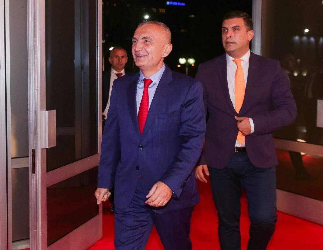 """""""Puçistët flasin në emër të Ramaformës"""",Presidenca: Meta ka folur flet dhe do të flasë gjithmonë vetëm në emër të Kushtetutës"""