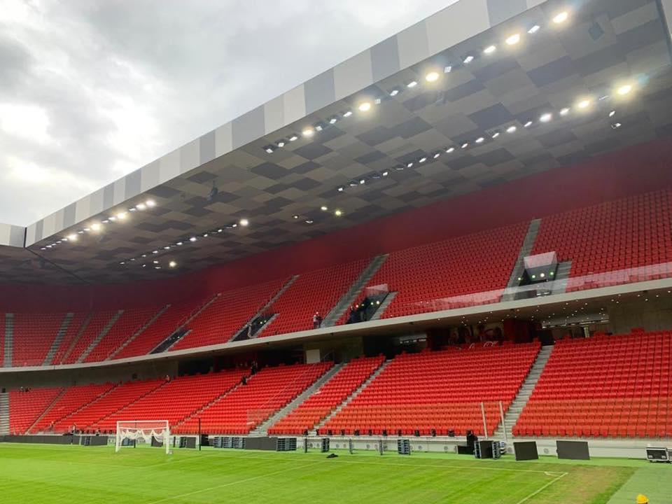 arena2-1.jpg