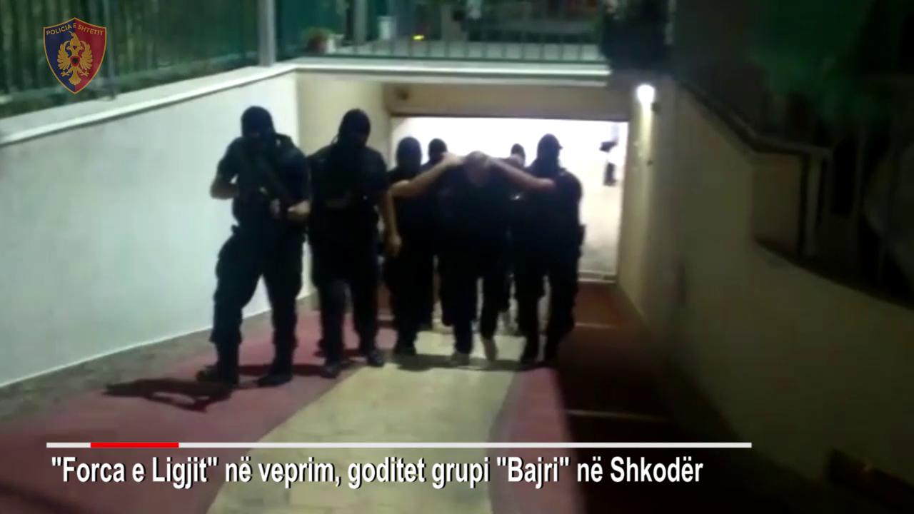 """Gjykata e Posaçme rrëzon akuzën kryesore për grupin """"Bajri"""" dhe e dërgon në Shkodër"""