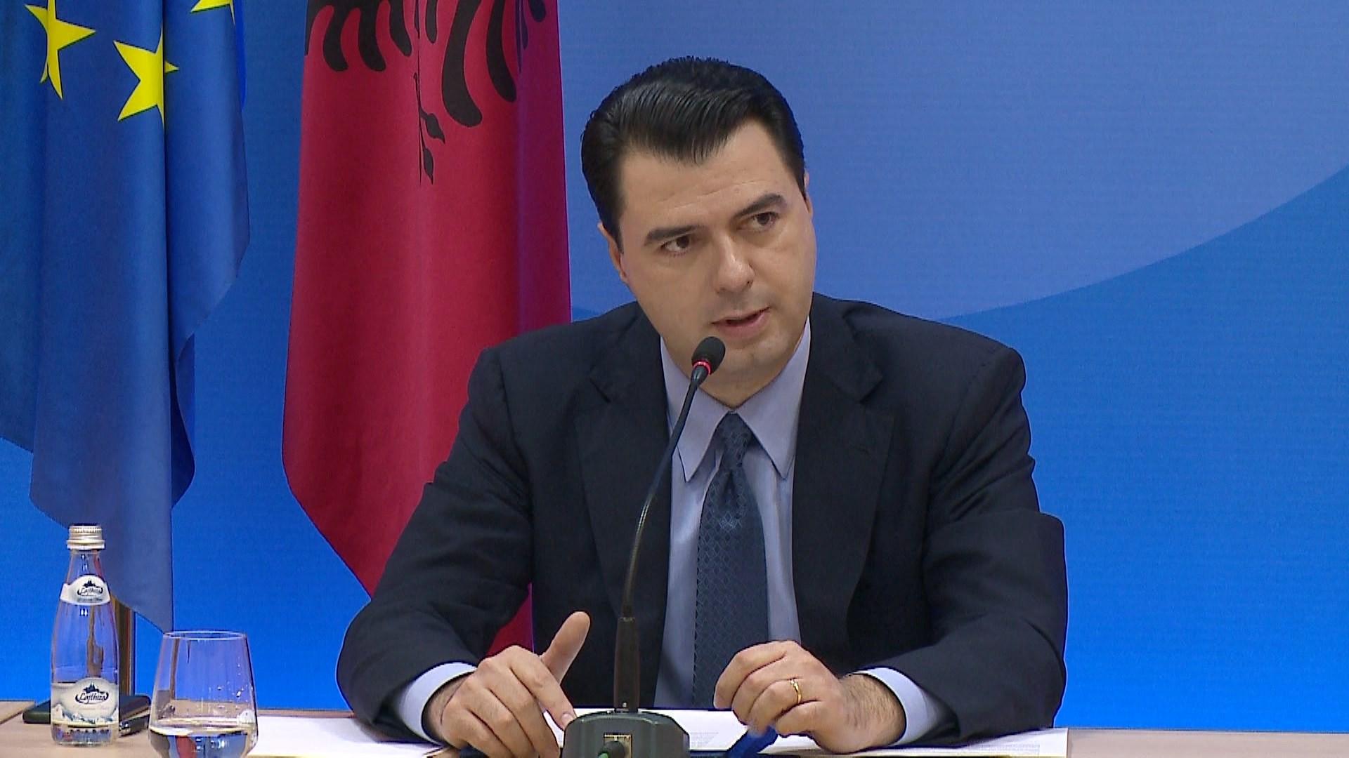 """""""Ndërkombëtarët palaço"""", Basha nuk komenton deklaratat e presidentit Meta"""