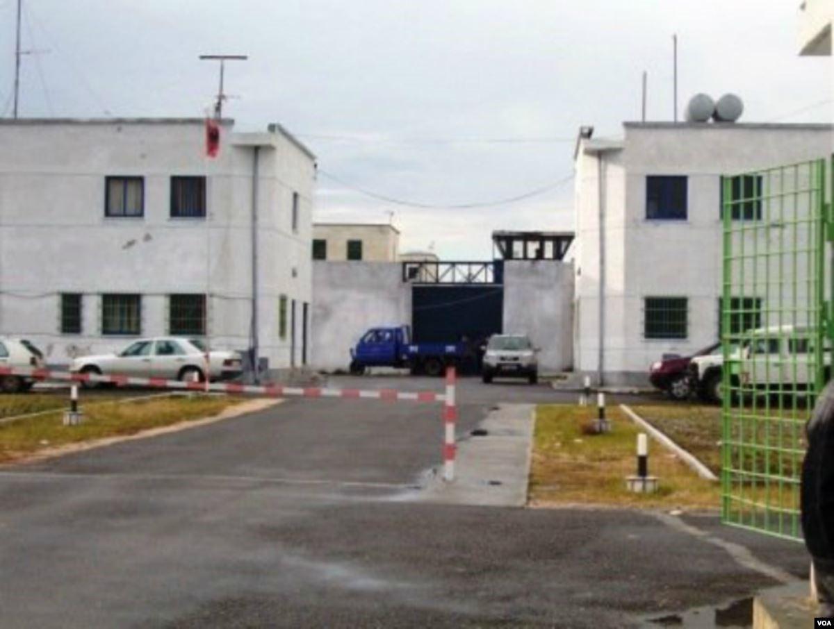 Tërmeti dëmtoi godinën e Burgut të Shën Kollit, transferohen të burgosurit