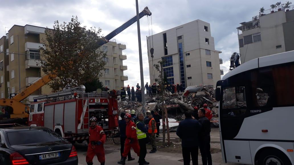 """""""Tërmeti bashkon ish-armiqtë"""", reportazhi i """"Corriere Della Sera"""""""