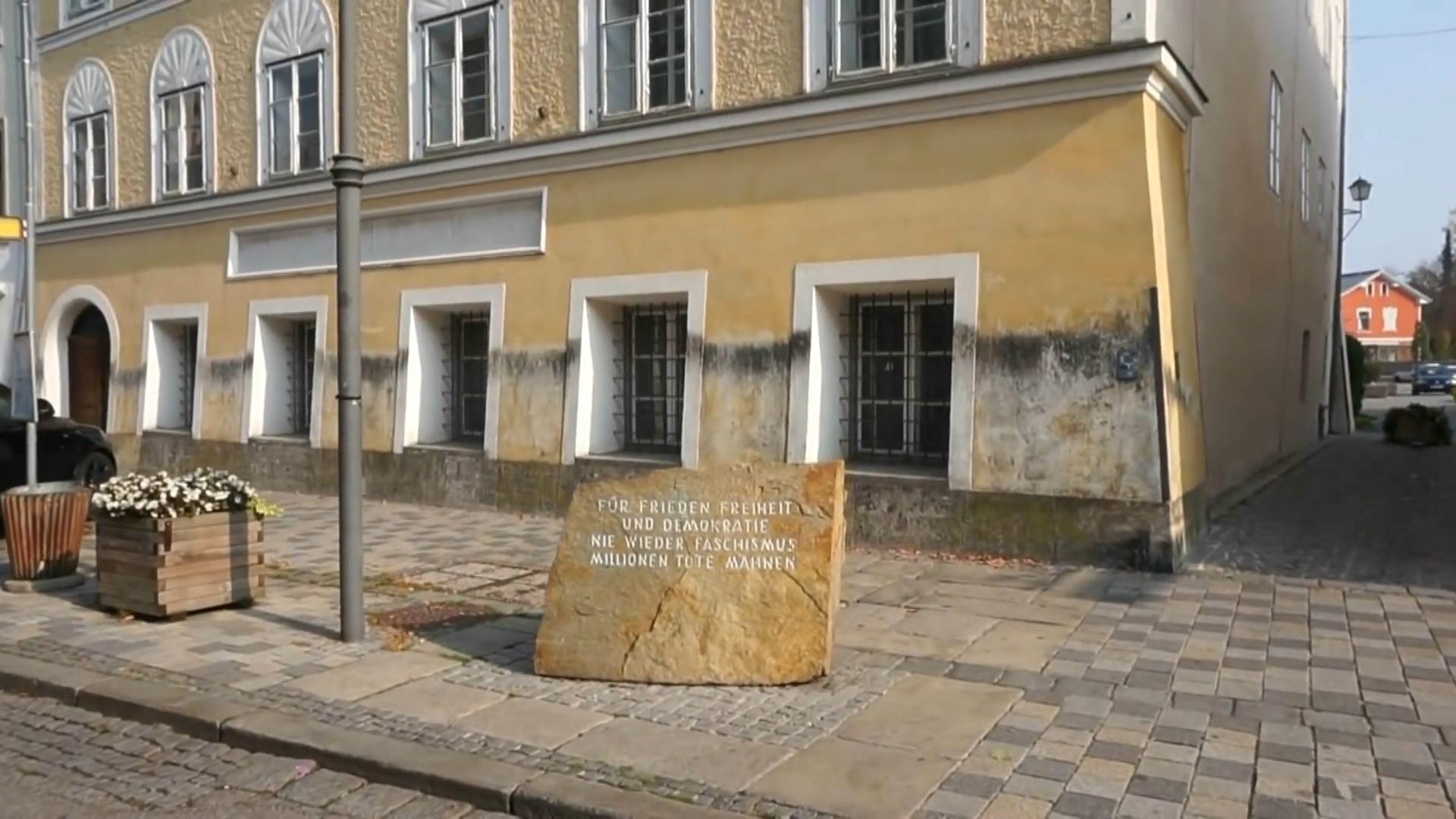 Shtëpia ku lindi Adolf Hitler transformohet në një stacion policie