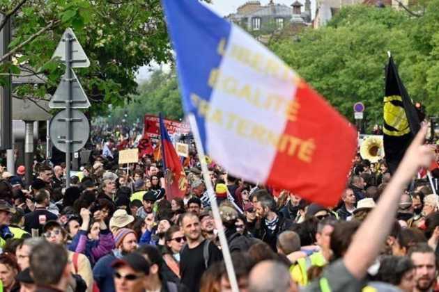 """Protestat e """"Jelekëve të Verdhë"""" në Francë hyjnë në javën e 52-të"""