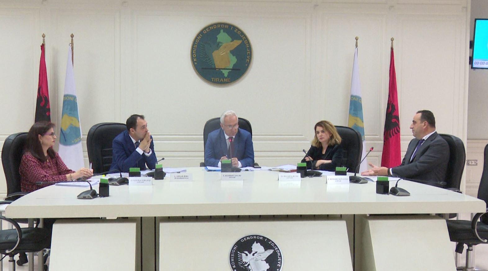 Ramës i bie edhe Kajmaku, KQZ shkarkon kryebashkiakun e Vorës