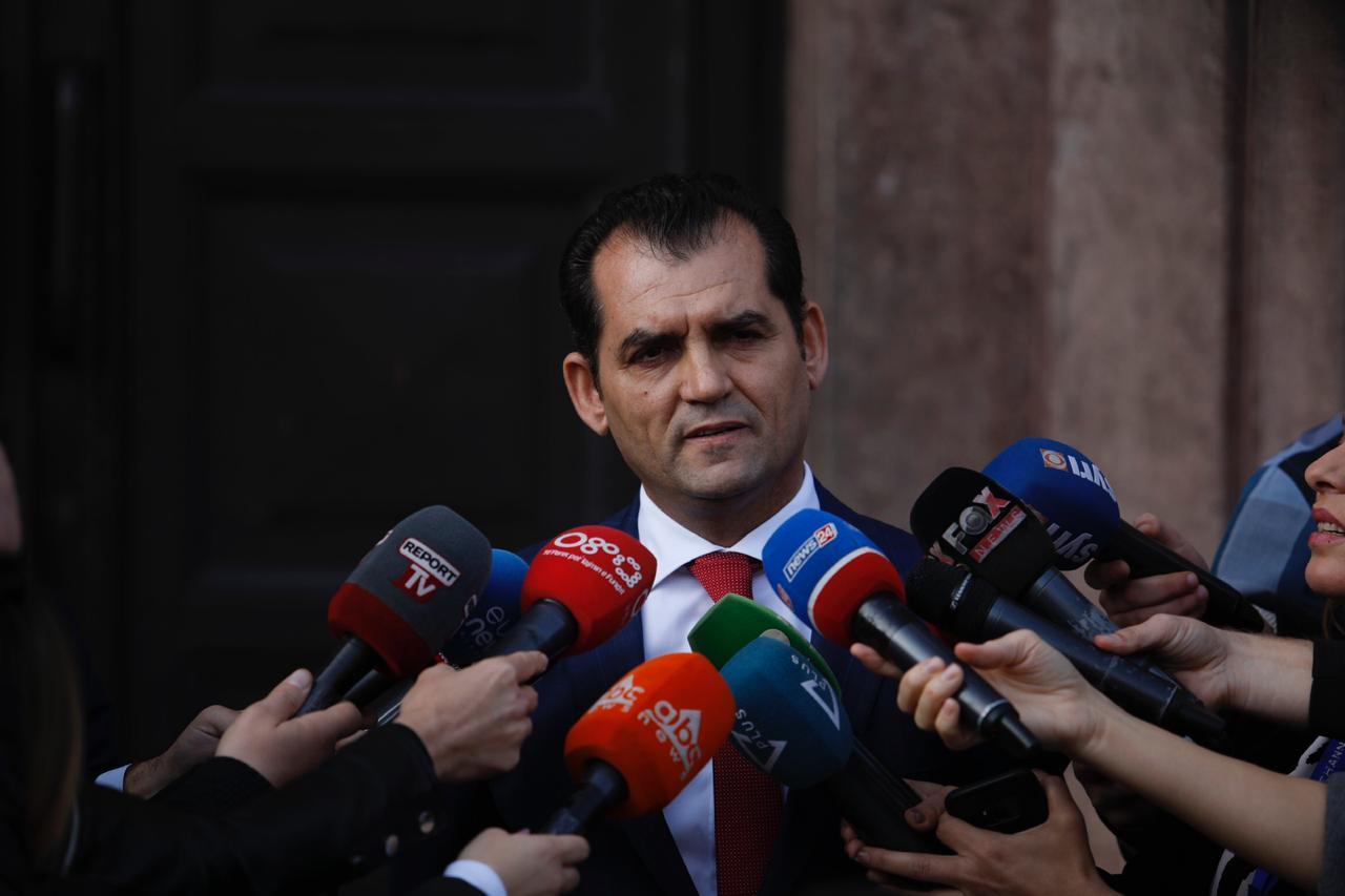 U shkarkua nga KPA, Besnik Muçi: Nuk njoh vendimin, qendroj anëtar i Gjykatës Kushtetuese