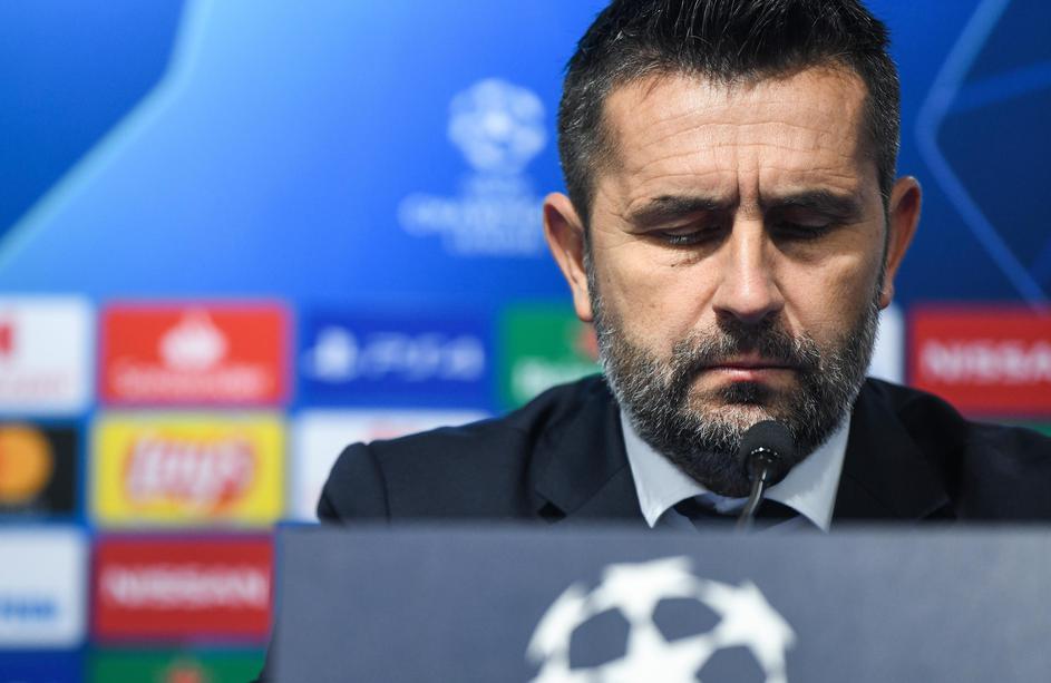 Nuk pranuan ulje page, gjiganti ballkanik i shkarkon stafin trajnerit