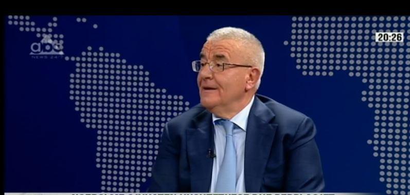 """""""Besnik Muçi viktimë, nuk ishte pjesë e regjimit"""", Rakipi: Gjueti shtrigash me dy standarde"""