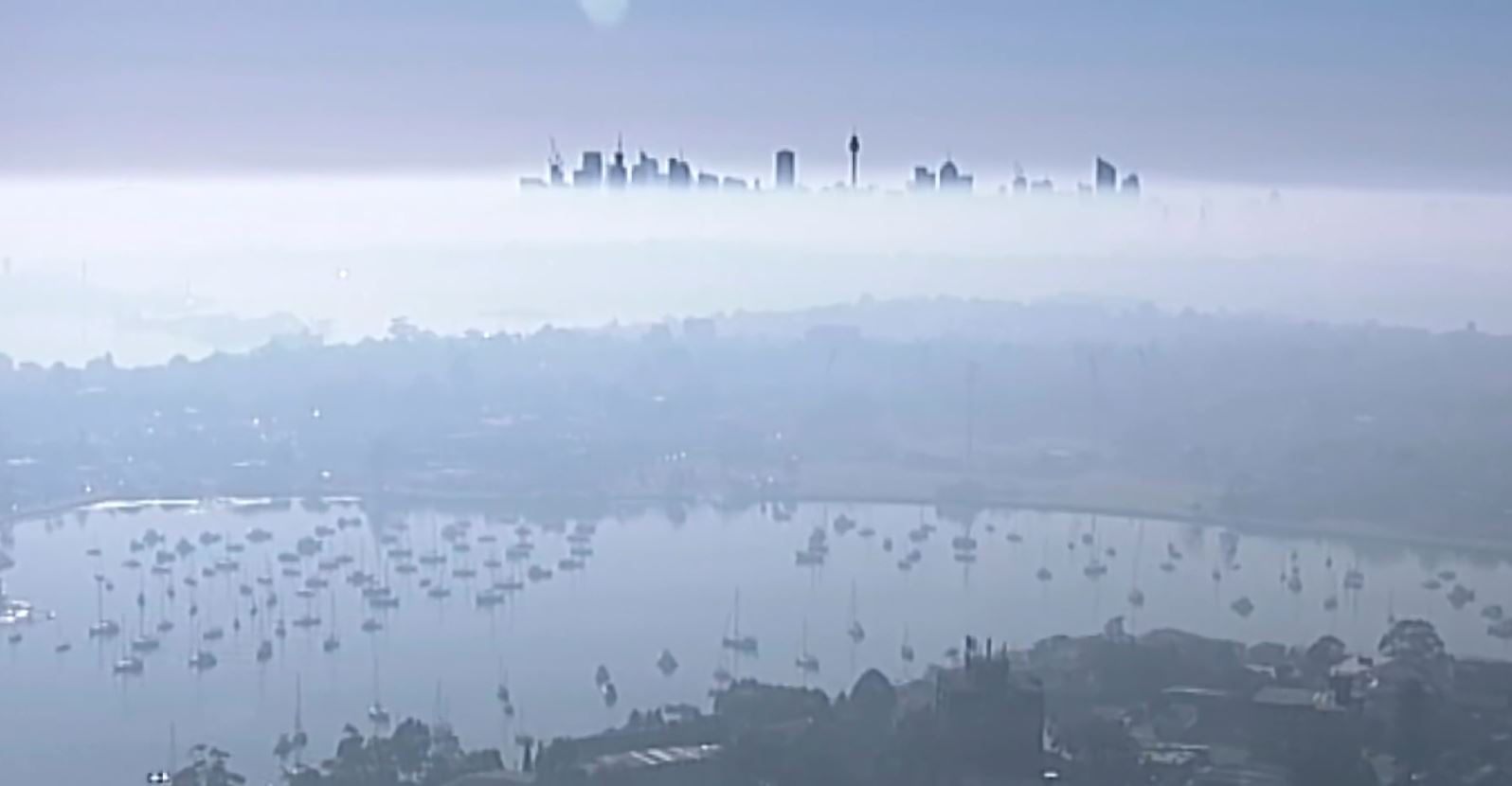 Zjarret në Australi, Sidney mbulohet nga tymi