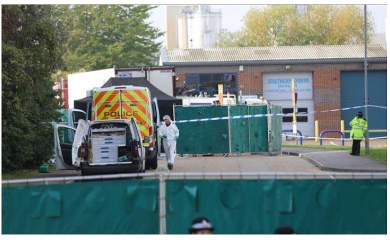 39 persona u gjetën të vdekur në kamion, akuza 23-vjeçarit