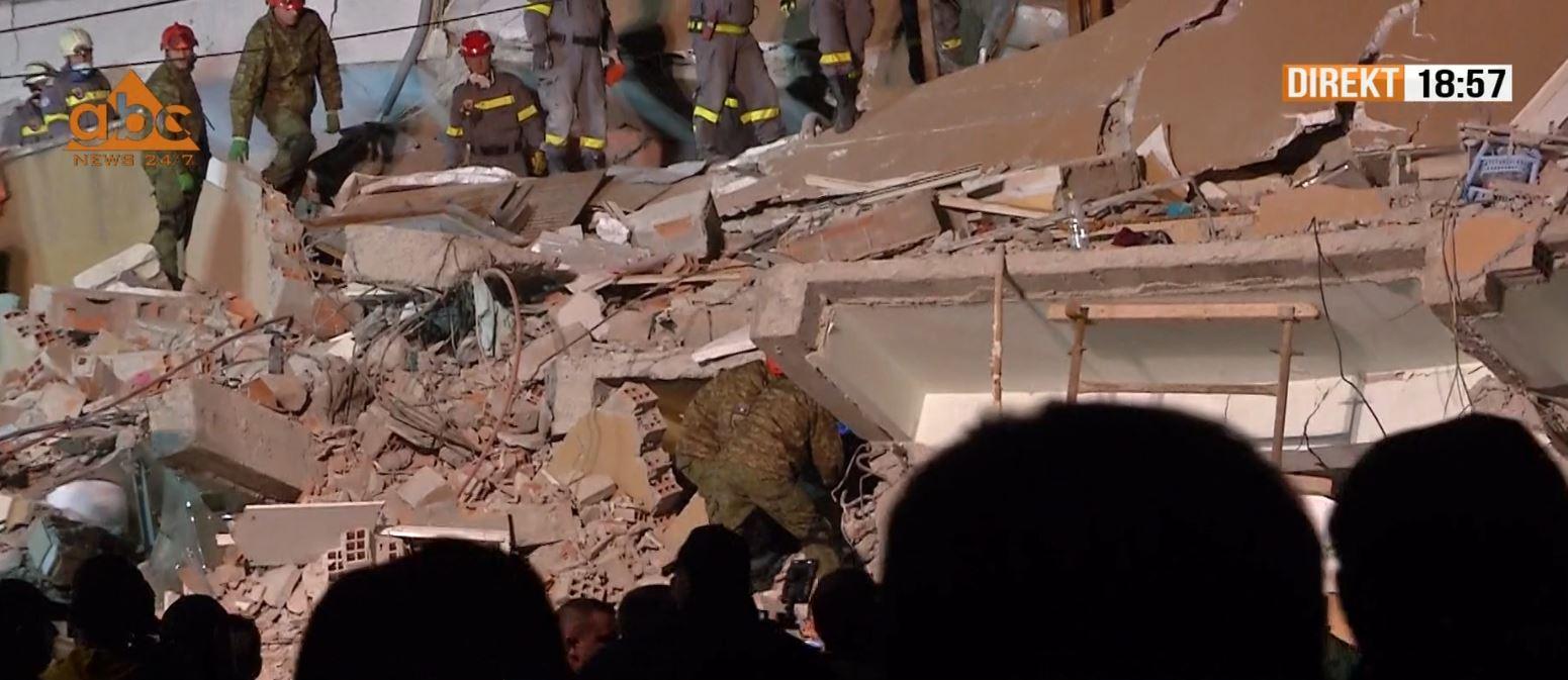 Thellohet tragjedia nga tërmeti, gjendet nën rrënoja trupi i pajetë i 22-vjeçares