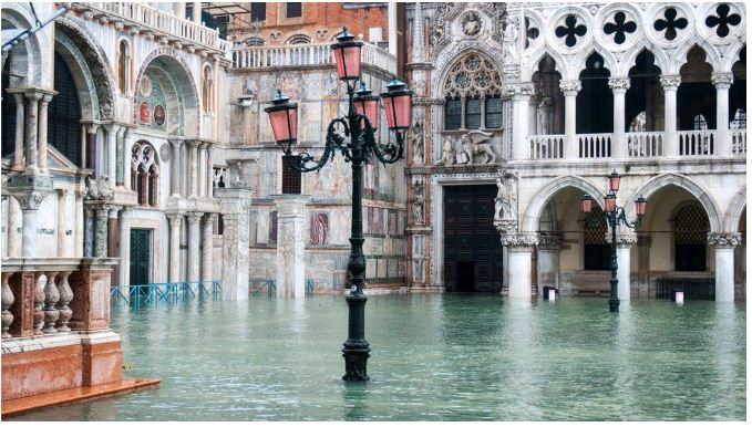 """""""Venecia në gjunjë"""", do të shpallet gjendja e jashtëzakonshme"""