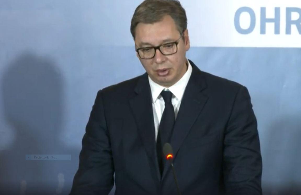 Aleksandër Vuçiç shtrohet urgjent në spital